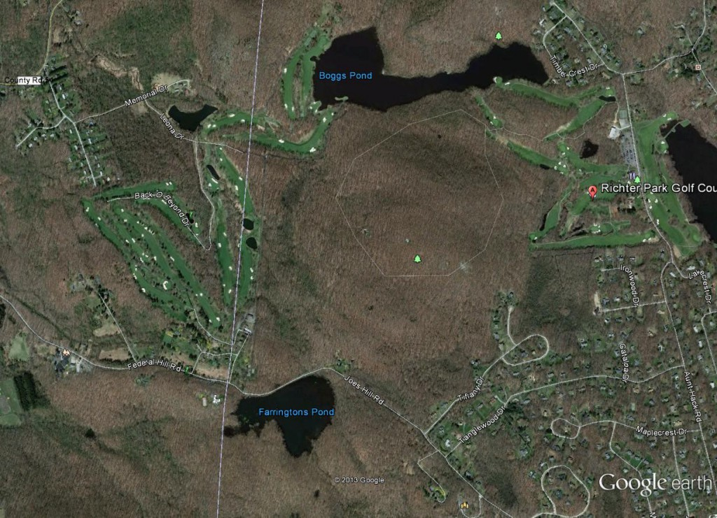 The course on the left is Morefar. The course on the right is Richter Park, which is owned by the city of Danbury, Connecticut, and is one of the best munys in the country.