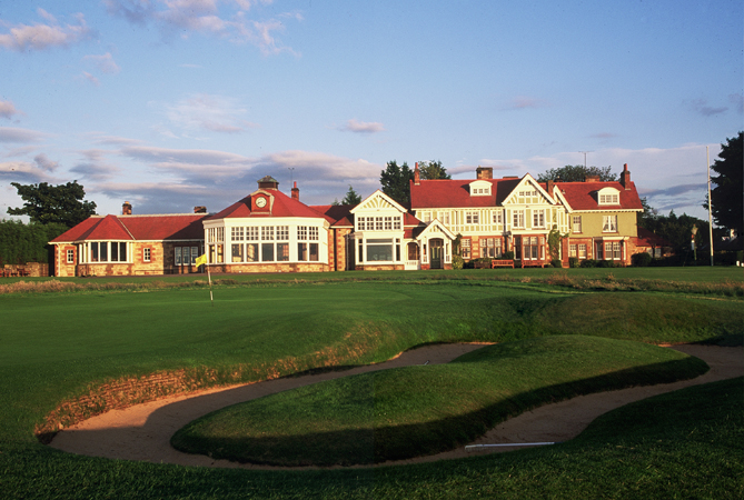 Muirfield Golf Club. Lunch, anyone?