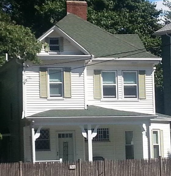Francis Ouimet's childhood home, across from the seventeenth hole at The Country Club. All photos by Bob McIver.