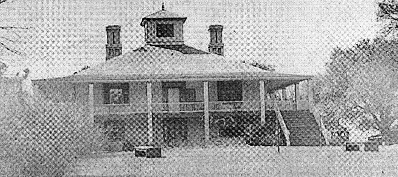 Fruitland, the house built by Dennis Redmond in 1857, as it appeared when Bobby Jones and Clifford Roberts first saw it, a little over seventy years later.