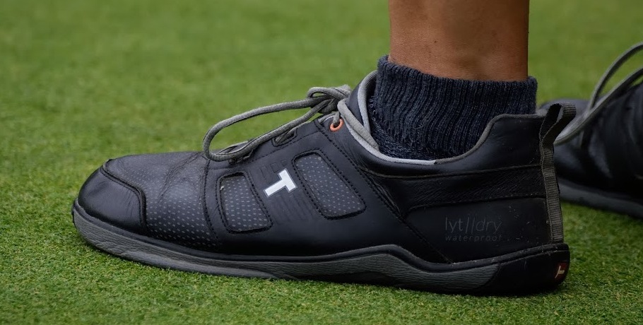 What Shoes Is Phil Mickelson Wearing