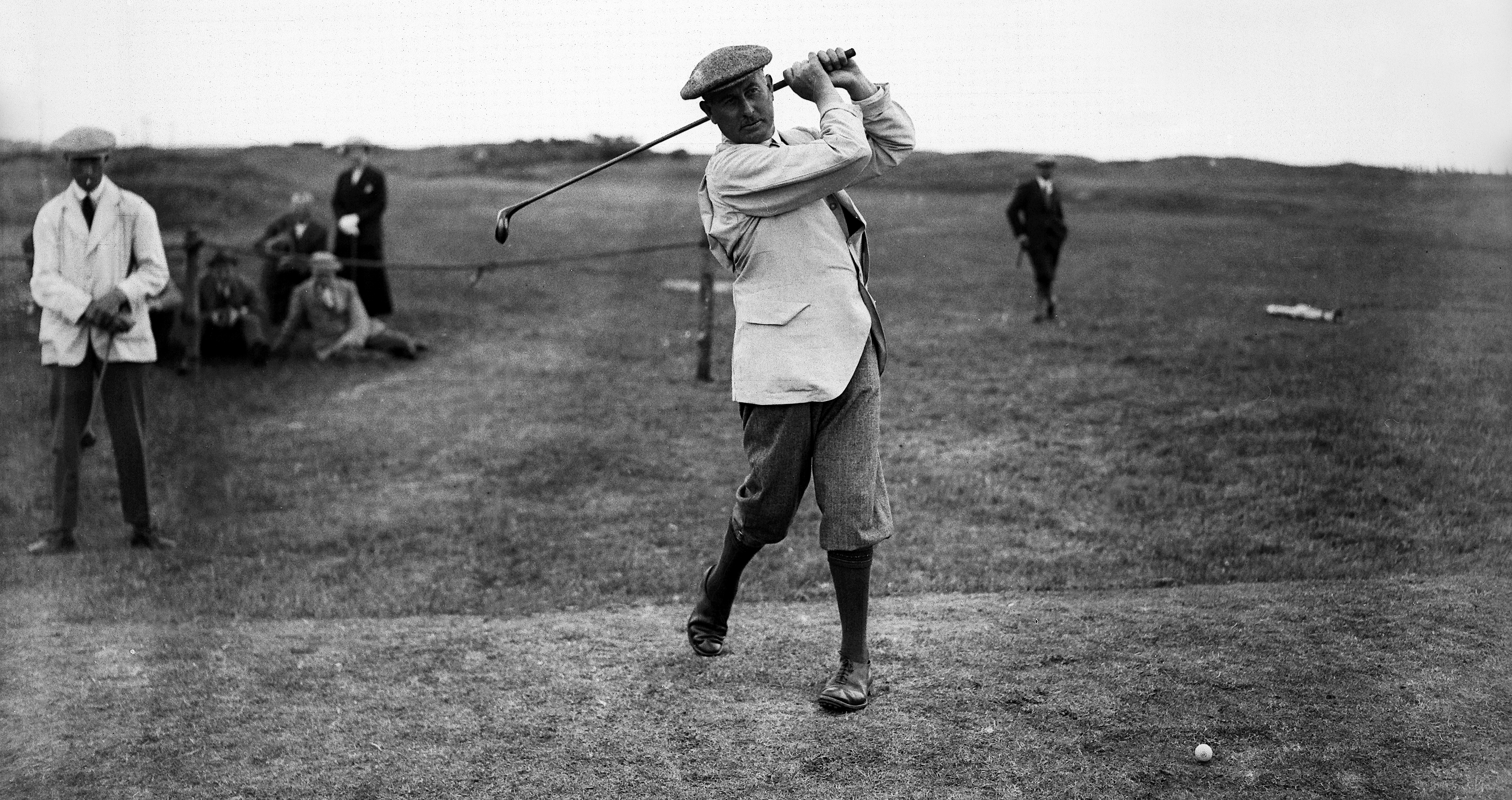 1920: Golfer Harry Vardon (1870 - 1937) at the Open Championship at Deal, Kent. (Photo by Central Press/Getty Images)